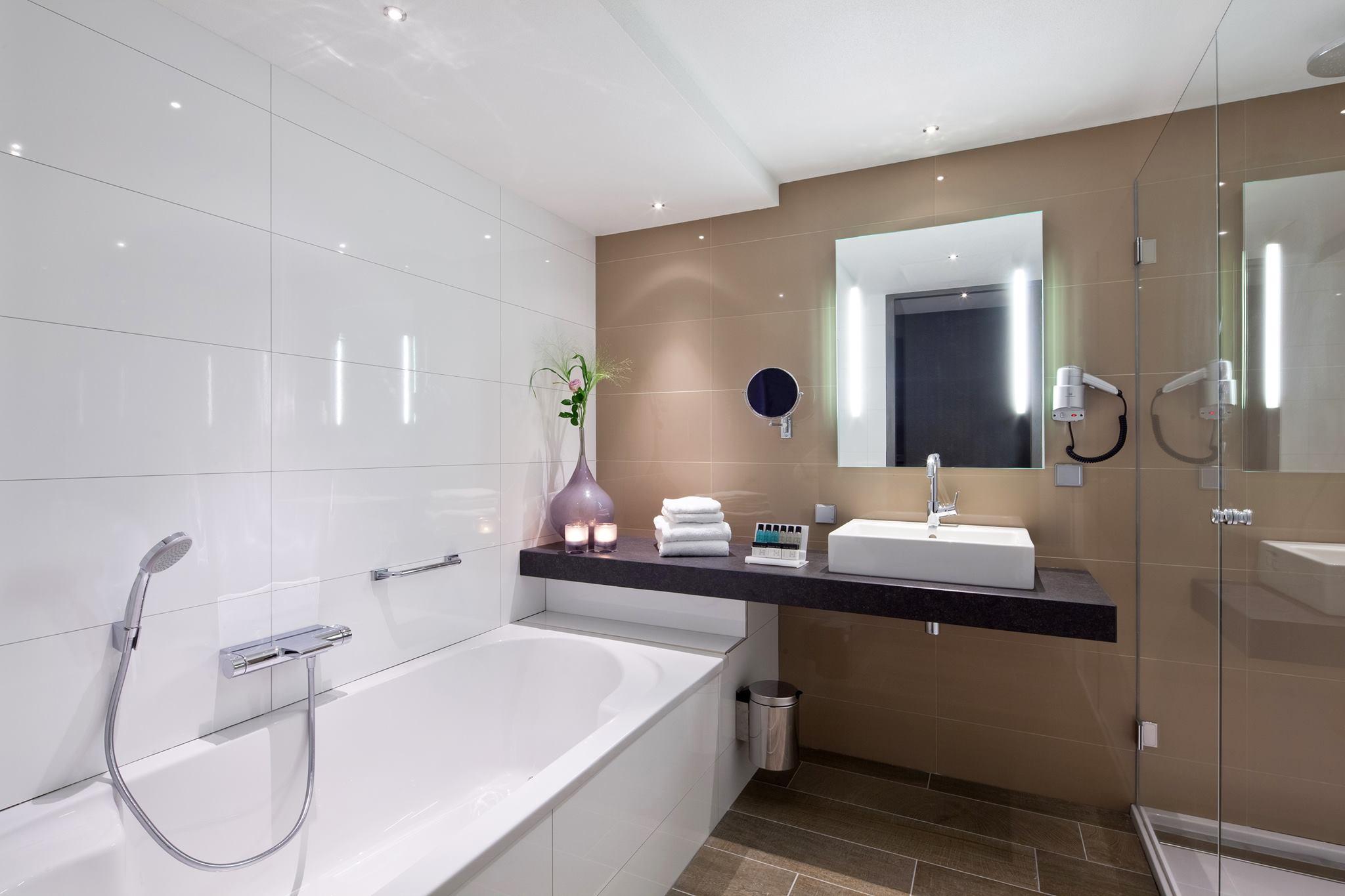 asselux linnenbecker gmbh baustoffhandel fliesenhandel holzhandel. Black Bedroom Furniture Sets. Home Design Ideas